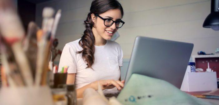 Praca przy komputerze bez bólu kręgosłupa?