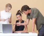 Projektowanie etykiet na luksusowe produkty – czym się kierować?